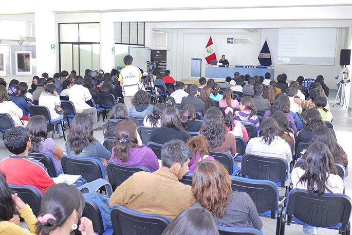 I Encuentro de Comunicadores en Huancayo