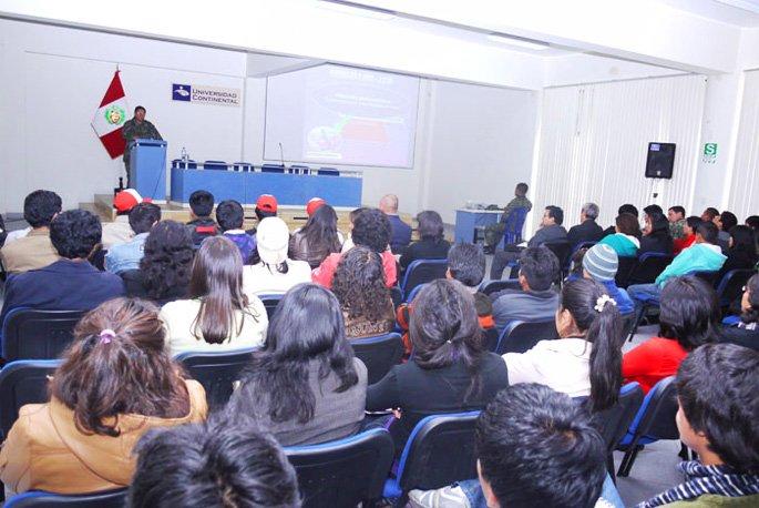 Universidad Continental y Ejercito peruano juntos en campaña de prevención y concientización