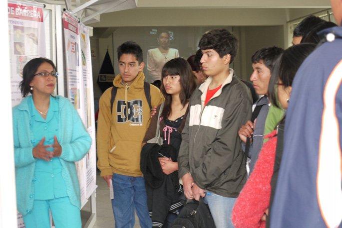 Alumnos participan en Charlas de Salud Mental y Física