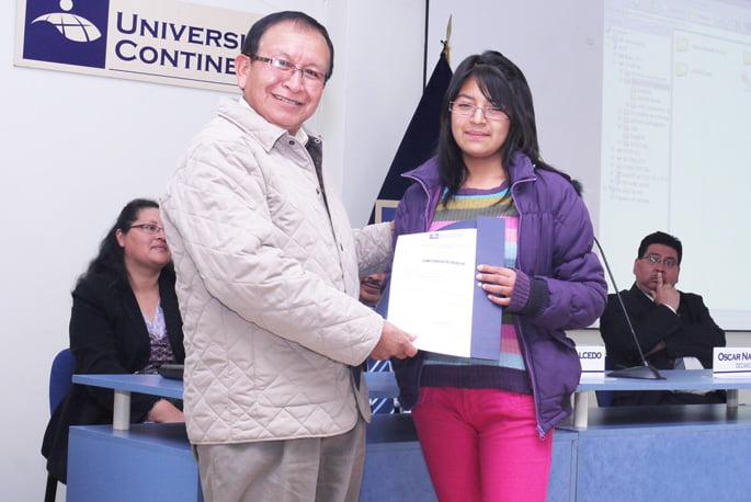 Lucero Huaripata primer puesto en cómputo general
