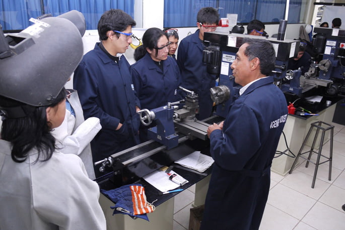 Se inició nuevo Taller de Maquinas e Instrumentos
