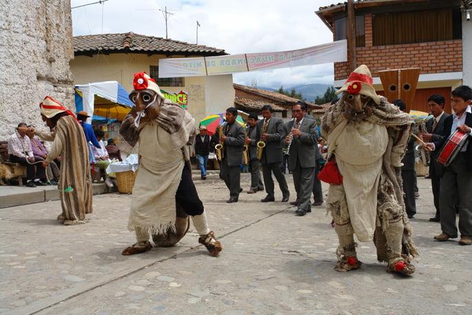 huaconada_centro_cultural_conti