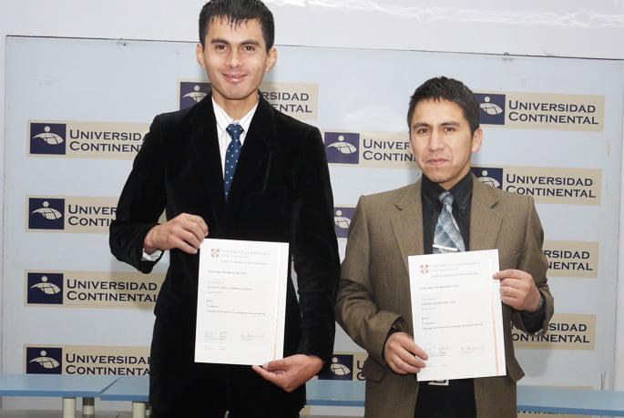 Docentes del CIC reciben Diploma de Cambridge