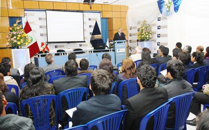 Emprendimiento de la Mujer latina y Herramientas para los Negocios