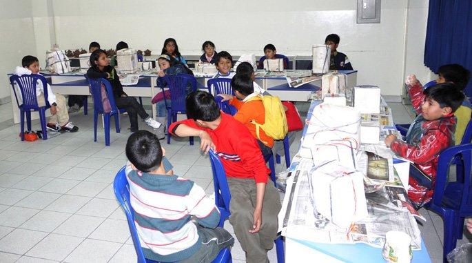 Niños en Continental aprenden como jugando