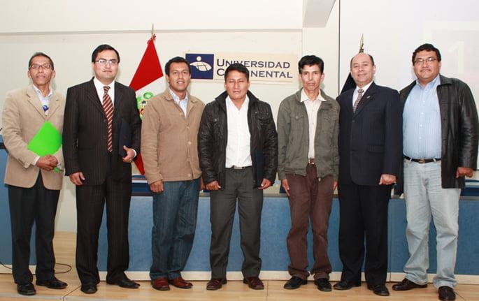 Autoridades de UCCI, junto a Representantes de la Coop. Agroecológica Industrial.