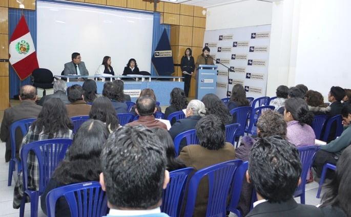 Centro_de_extensin_Charla_de_Diplomados