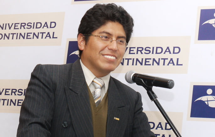 Docente de UCCI presenta ponencia a nivel Internacional