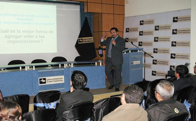 centro_educacion_continua_conferencia