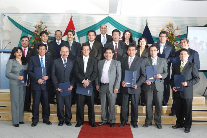 Docentes reconocidos por su excelente labor académica en el marco de la celebración de nuestro XIII Aniversario