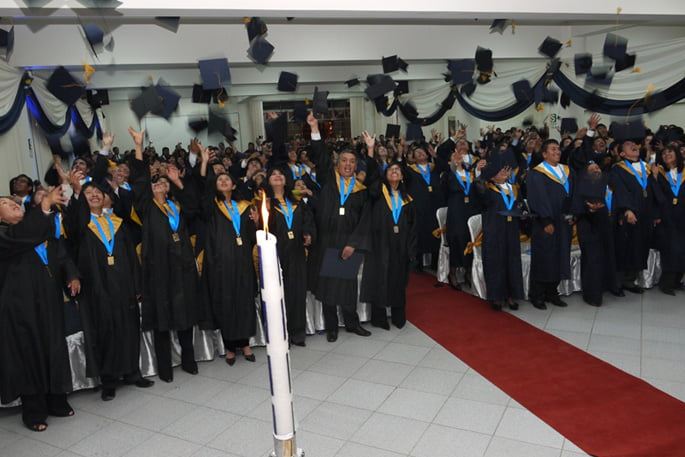 graduacion_universidad_continental