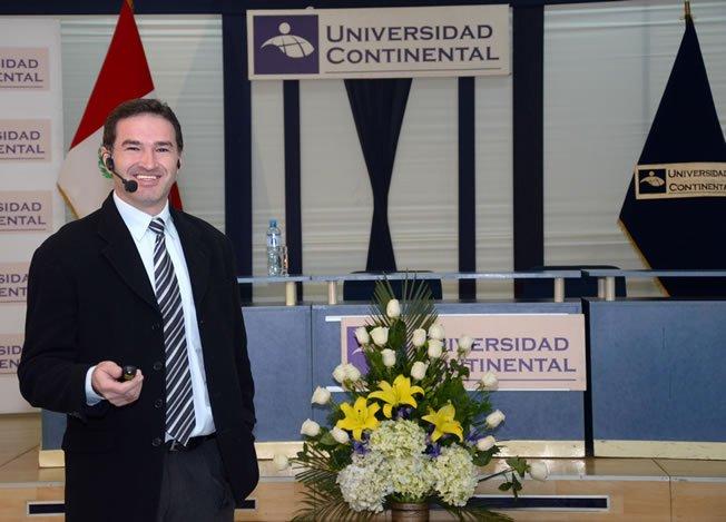 Jair Antonio Fagundes.en universidad continental