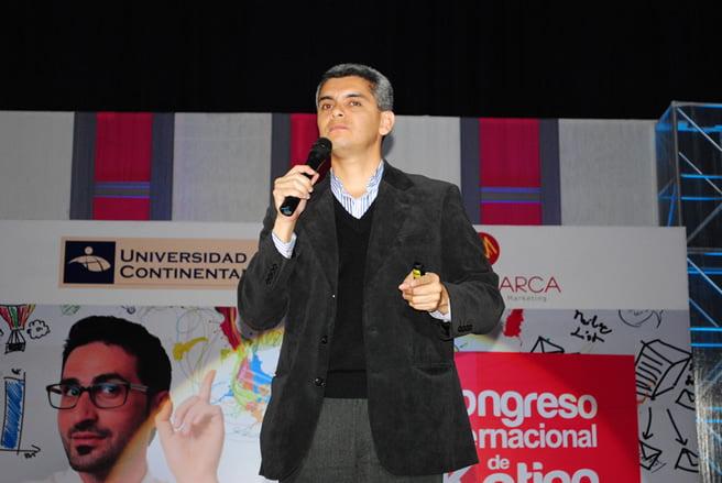 Jorge Linares de NeuroZoom en IV Congreso Internacional de Marketing 2013