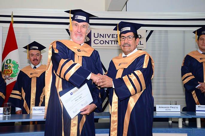 Jurista italiano es reconocido como doctor honoris causa de la UC