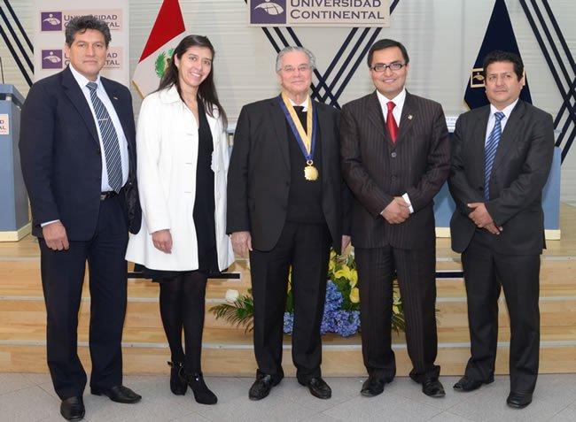 Presidente de Afeidal es distinguido como profesor honario