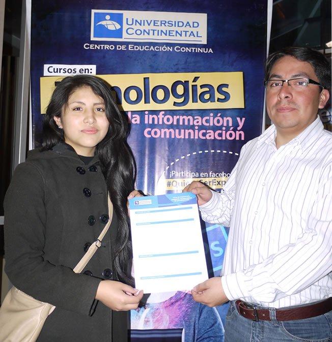 Alumna ganadora de la primera beca del CEC
