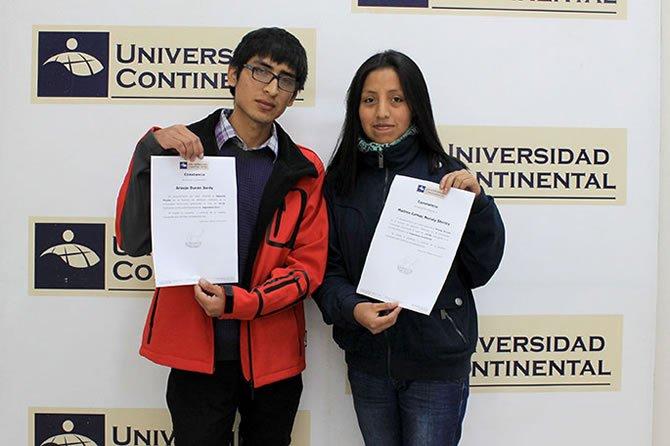 estudiantes_logran_beca_y_media_beca