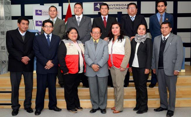 Presentacion del equipo de tutores que asistiran a los becarios en la UC