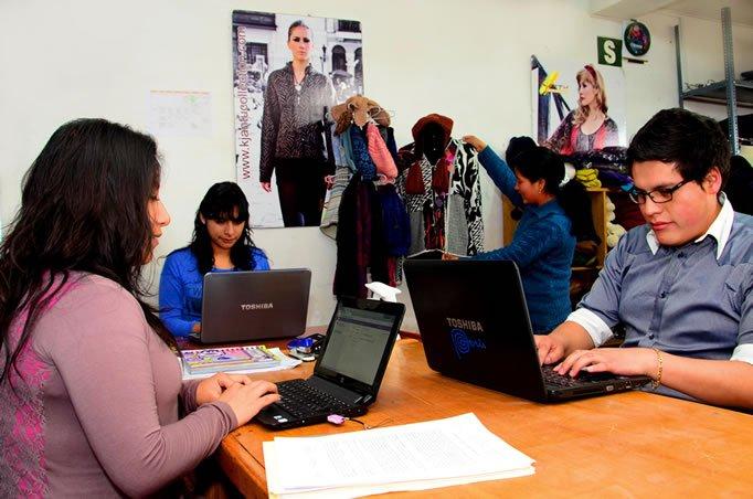 MYPES de Junín con la U Continental presentan 12 proyectos para su financiamiento en FIDECOM