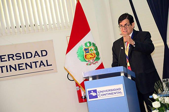 Especialista habló sobre enfermedades infecciosas en conferencia
