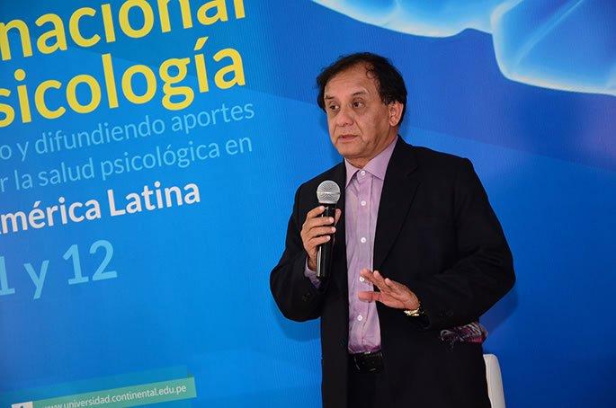 Psicologo_Luis_Perez_en_la_UC