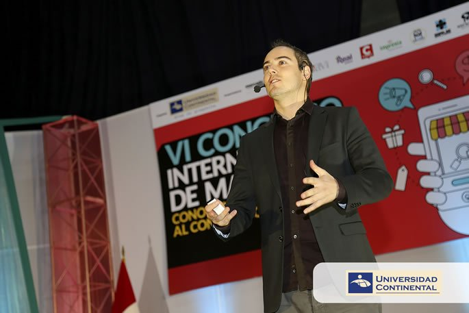 35 RS - VI Congreso Internacional de Marketing - Manuel Dos Santos