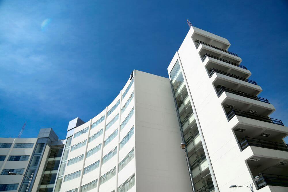 Nuestro pabellón H, diseñado para el correcto y cómodo desarrollo estudiantil.