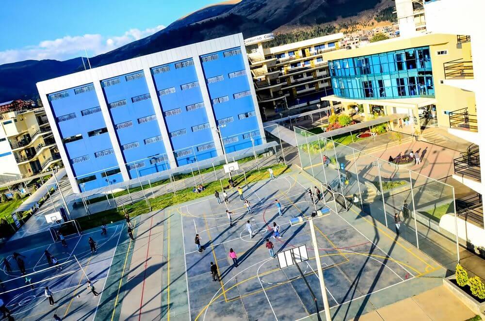Áreas de deporte y recreación Universidad Continental