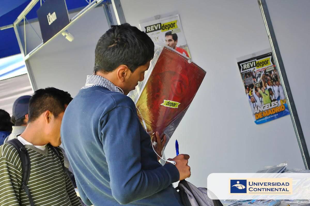 I Feria del Libro UC