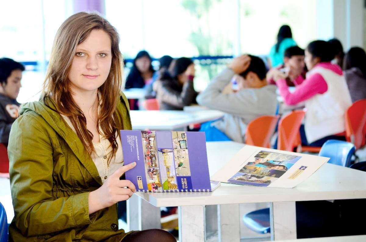 Profundiza tus conocimientos y participar en el programa de Vinculación Internacional de la Universidad Continental.