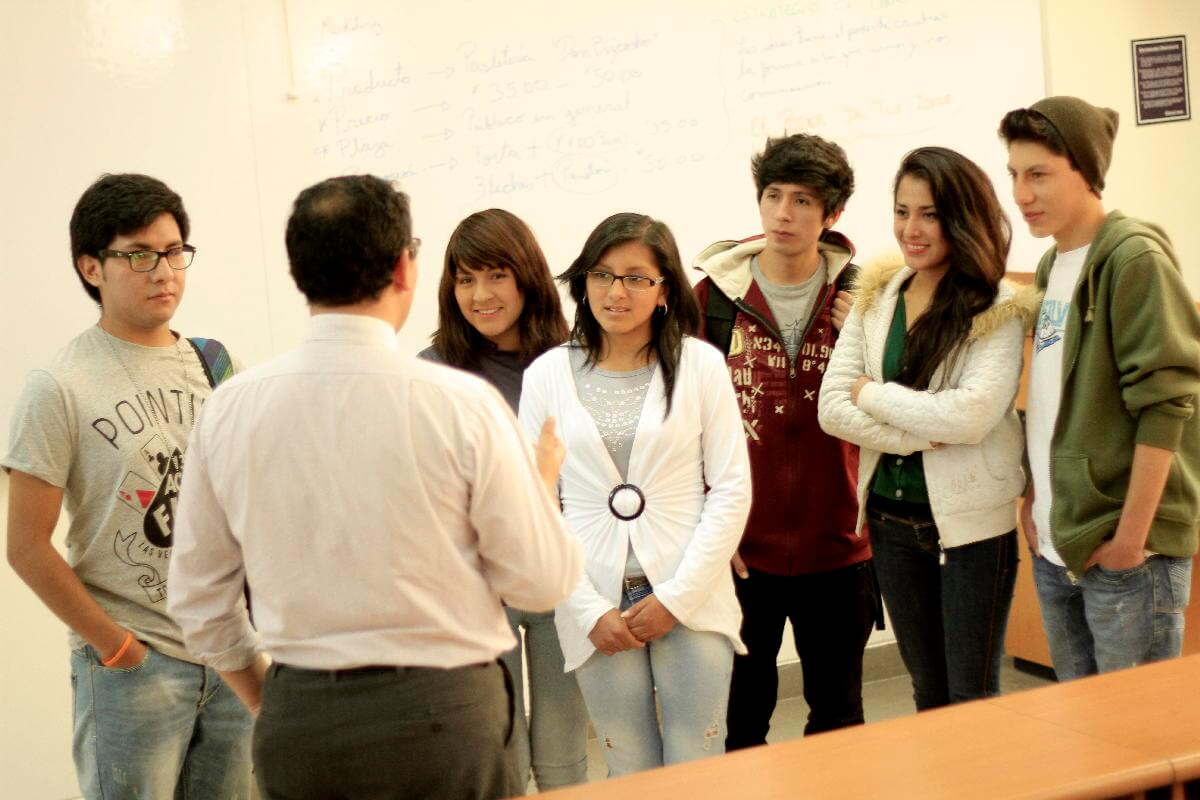 Promovemos la práctica pedagógica que permita la innovación en tu formación profesional.