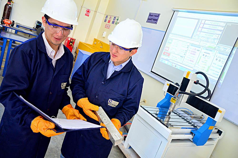 Laboratorio de Mecánica - Programación del taladro CNC