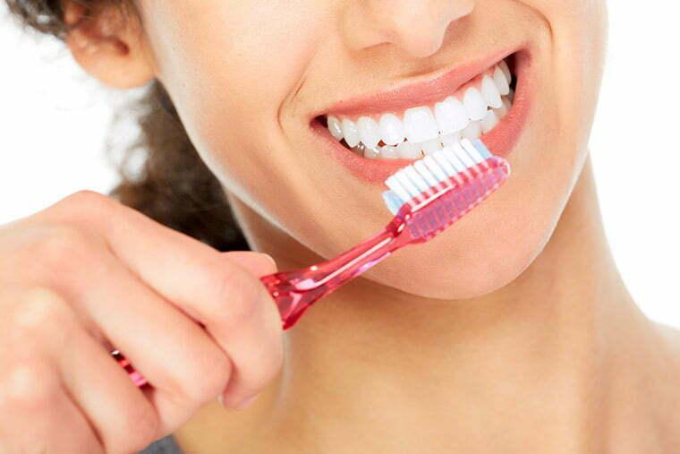pasos-para-una-correcta-limpieza-de-los-dientes-2