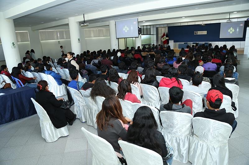 10 beneficios del convenio entre la Bolsa de Valores de Lima y la UC