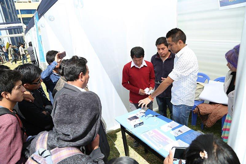 Promoción de tecnologías limpias y automatización en concurso de proyectos de Ing. Eléctrica y Electrónica