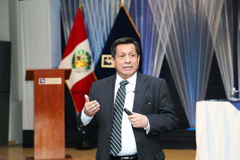 Fernando Barrios anuncia importantes cambios en la Universidad Continental