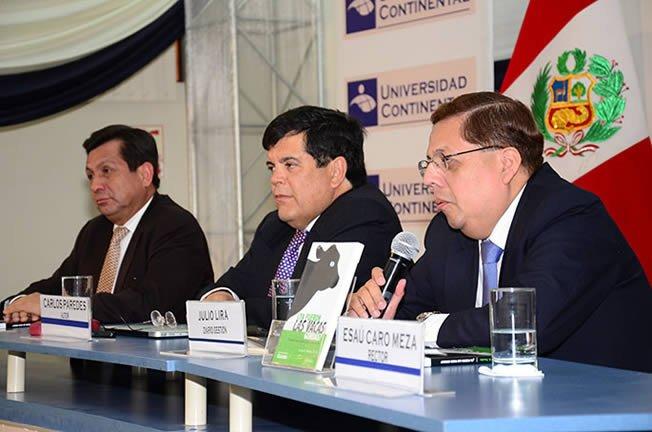 Fernando Barrios Ipenza y Julio Lira presentan libro de Carlos Paredes Ya fueron las vacas gordas
