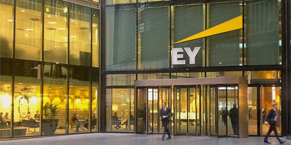 Conoce más de la empresa EY y su programa de reclutamiento