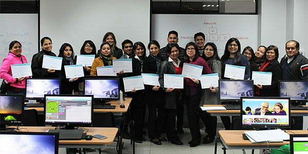U. Continental capacitó a docentes de colegios en el uso de tecnología para el aprendizaje