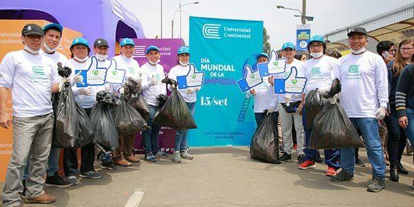Estudiantes de la Universidad Continental recolectaron media tonelada de residuos en jornada de limpieza