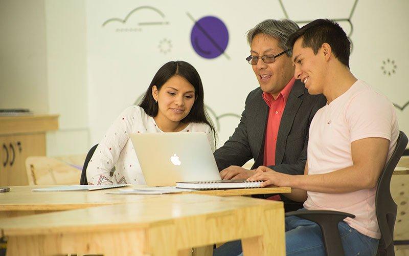 U. Continental ofrece certificaciones progresivas a sus estudiantes para agilizar su inserción laboral