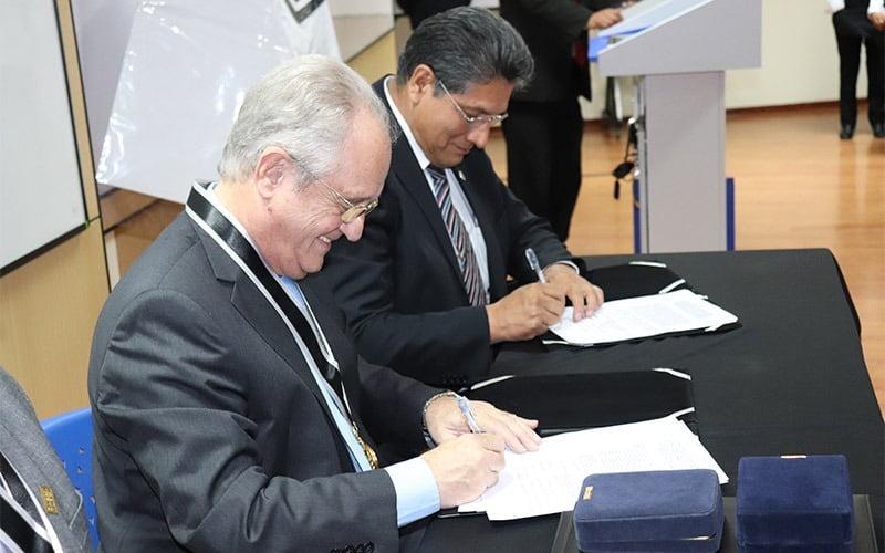 Universidad Continental firma convenio de cooperación académica con la Universidad de Buenos Aires