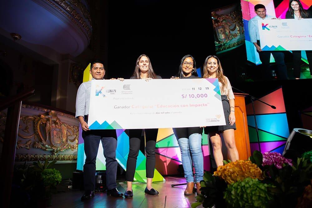 Vía Código ganó categoría Educación con Impacto en Desafío Kunan