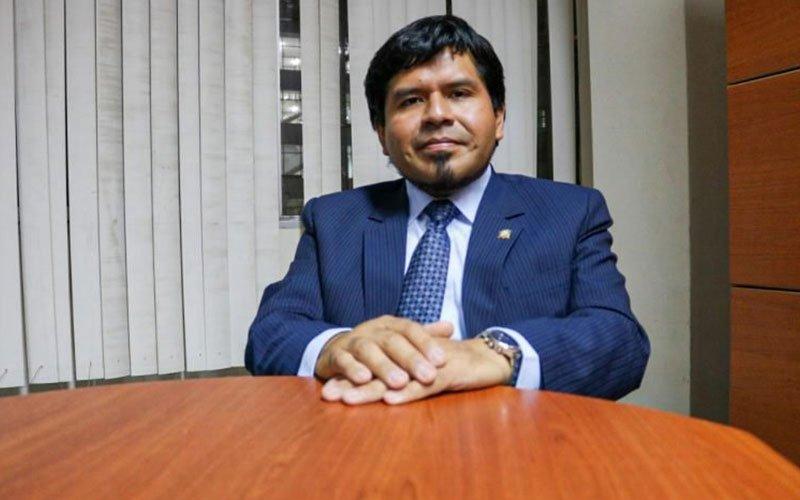 Docente de la UC integra comisión de Constitución del Congreso de la República